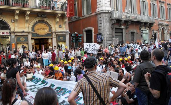 via-del-corso-manifestazione-roma-abruzzo