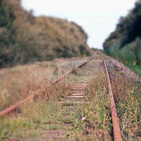 ferrovia dismessa - via http://www.flickr.com/photos/yinghai83/